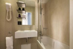 Salle de bain deluxe hotel sorbonne